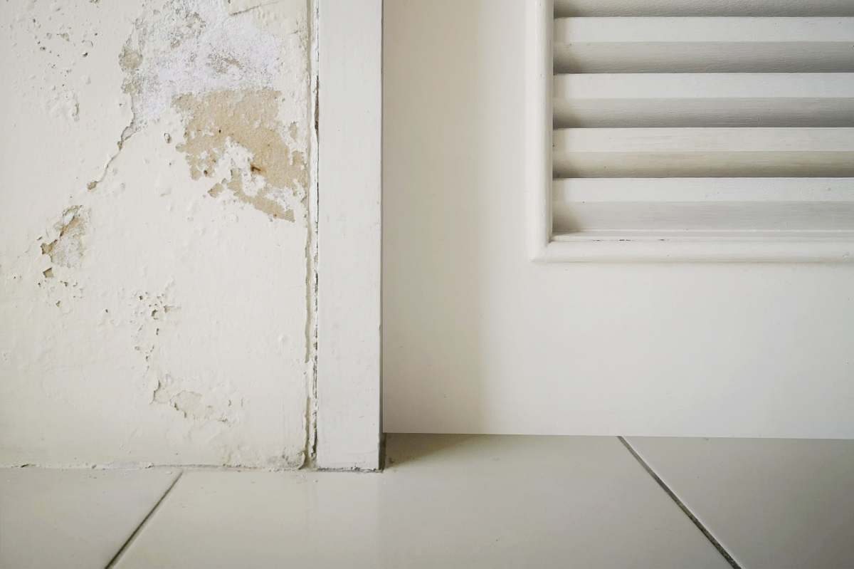 Sagging or Discolored Surfaces